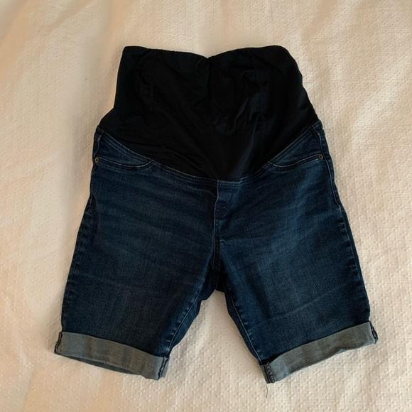 Isabel Maternity by Ingrid & Isabel Pants - Isabel Maternity Bermuda Shorts